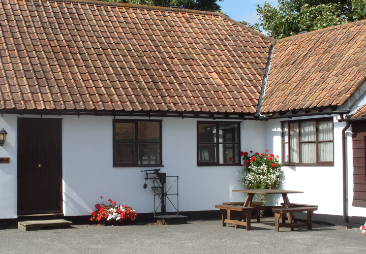 Bellows Mill Self Catering Accommodation - The Cottage