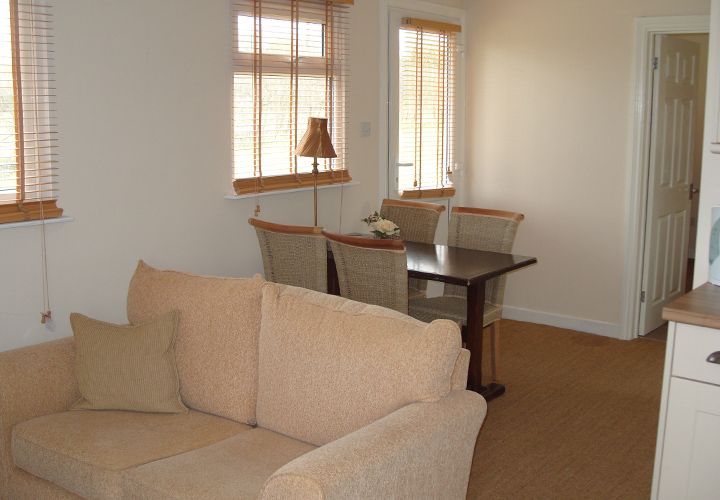 Bellows Mill Self Catering Accommodation - Hermitage Dining