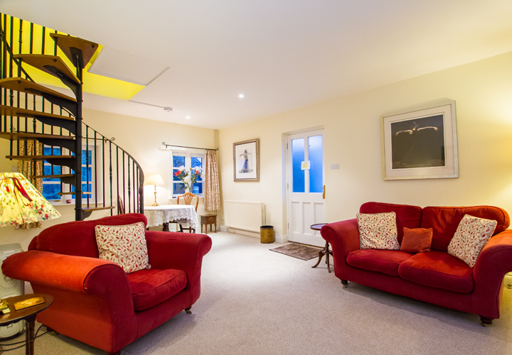 Bellows Mill Self Catering Accommodation - Kingfisher Lounge