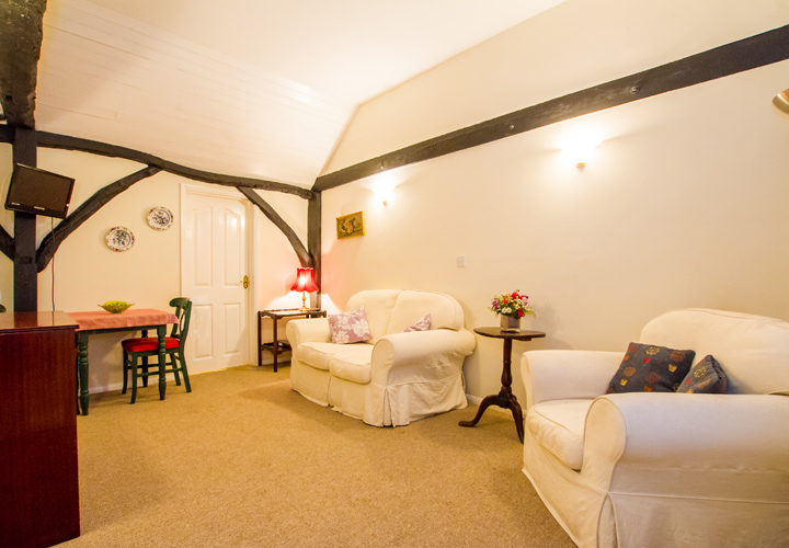 Bellows Mill Self Catering Accommodation - Rosebay Lounge