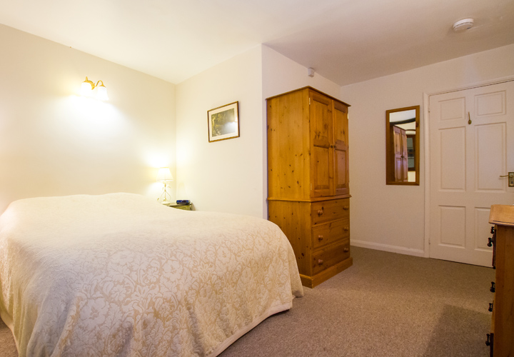 Bellows Mill Self Catering Accommodation - The Cottage Bedroom 2